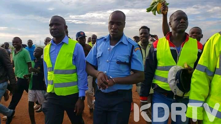 5 Police officers arrested by EACC