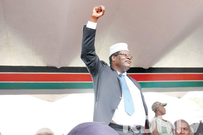 Miguna fist high