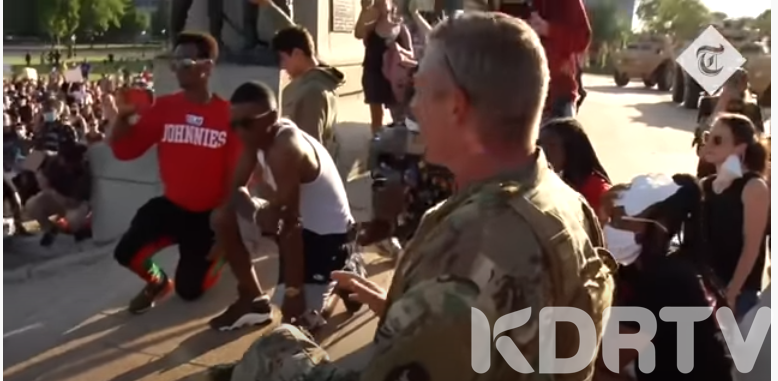 Solidarity as US National Gaurd Take a kneel with protesters