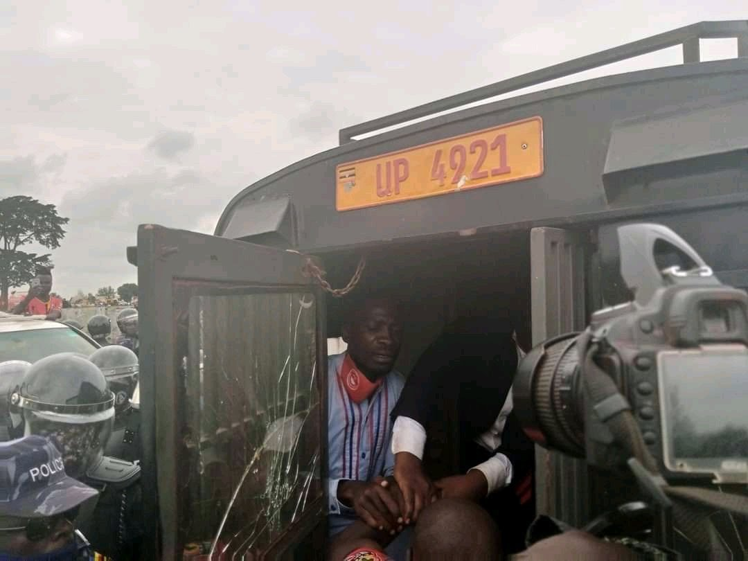 Police arrests Bobi Wine in Luuka District